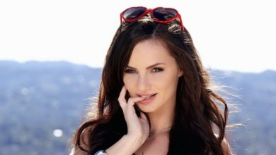 Photo of Lily Carter